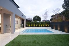 Recessed Concrete Frameless Glass Pool Fence