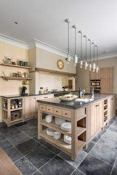 39 Most Amazing Rustic Farmhouse Kitchen Design – Magazine Decorations Kitchen Island With Cooktop, Kitchen Stove, New Kitchen, Kitchen Dining, Dining Rooms, Home Decor Kitchen, Rustic Kitchen, Kitchen Interior, Home Kitchens