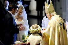 huwelijk marie christine van habsburg Getuigen zijn: prinses Annunziata van Liechtenstein; barones Elisabeth Gillès de Pélichy; prinses Xenia Galitzine; ...