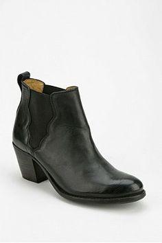 Frye Jackie Ankle Boot