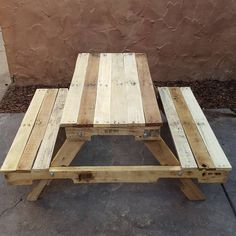 Pallet Garden Furniture Creative Ideas for Chair and Bench