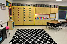 Oh... to be as organized and visually cohesive as this room! Tunstall's Teaching Tidbits: Classroom Tour 2014-2015