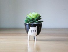 Small cat planter, $