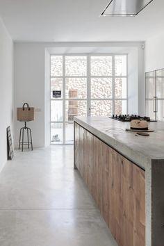 020-felanitx-renovation-munarq « HomeAdore