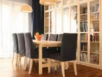 PIELĘGNACJA PODŁÓG DREWNIANYCH - NA SUCHO CZY NA MOKRO: Aby nasza drewniana podłoga zachowała piękny wygląd, powinniśmy zabezpieczyć ją przed działaniem wody i uważnie dobierać środki czyszczące. Dining Bench, Furniture, Home Decor, Decoration Home, Table Bench, Room Decor, Home Furnishings, Home Interior Design, Home Decoration