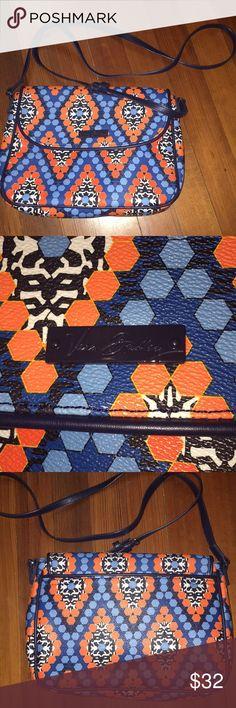 Vera Bradley colorful crossbody Fun Blue and orange design on a perfect size crossbody- like new condition Vera Bradley Bags Crossbody Bags