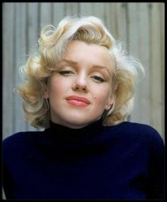 "life: ""LIFE Legend Marilyn Monroe was born 93 years ago today, June She is pictured here in 1953 on a patio outside her home photographed by another LIFE legend, the great Alfred Eisenstaedt. (Alfred Eisenstaedt—The LIFE Picture. Marylin Monroe, Marilyn Monroe Frases, Fotos Marilyn Monroe, Marilyn Monroe Makeup, Marilyn Monroe Wedding, Marilyn Monroe Wallpaper, Kelly Osbourne, Maquillaje Marilyn Monroe, Jenna Coleman"