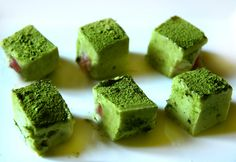 COOKING WITH JAPANESE GREEN TEA: Matcha truffle with cherry