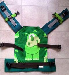 Ergonomické nosítko pro panenky - zelený hroch