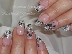 Silver bridal nails with black stamp design Aqua Nails, Silver Nails, Rhinestone Nails, Silver Glitter, Wedding Day Nails, Bridal Nails, Glitter Wedding, Cute Nails, Pretty Nails