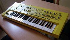 Yellow Roland SH-201