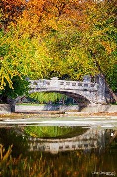 Parcul Cismigiu. Costume Castle, Brasov Romania, Little Paris, Mountain Resort, Eastern Europe, World Heritage Sites, Countryside, Fairy Tales, Travel