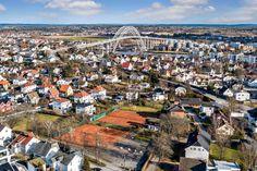 (2) Attraktiv eiendom med moderniseringsbehov. Meget attraktiv beliggenhet. Stort potensiale.   FINN.no Fredrikstad, Paris Skyline, Travel, Viajes, Traveling, Trips, Tourism
