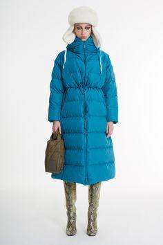 Down Parka, Show Photos, Creative Photos, Fashion Show, Fashion Trends, Fall Winter, Winter Time, Autumn, Milan