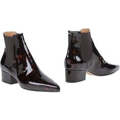 Maison Margiela 22 Ankle Boots ($567) ❤ liked on Polyvore featuring shoes, boots, ankle booties, dark brown, two tone leather boots, leather chelsea boots, leather booties, dark brown booties ve beatle boots