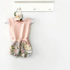 Floral Romper, Handmade Clothes, Kids Outfits, How To Make, How To Wear, Rompers, Kids Clothing, Instagram Posts, Inspiration