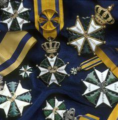 De hoogste Nederlandse militaire dapperheidsonderscheiding, tevens oudste en hoogste ridderorde, is de Militaire Willems-orde (MWO), ingesteld in 1815. Op 29 mei 2009 is de Militaire Willems-Orde na ruim 50 jaar uitgereikt aan een individueel militair, kapitein Marco Kroon van het Korps Commandotroepen. Dit vanwege zijn inzet in Afganistan.
