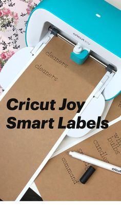 Small Business Organization, Laundry Room Organization, Craft Organization, Cricut Tutorials, Cricut Ideas, Cricut Explore Projects, Smart Materials, Cricut Craft Room, Pantry Labels