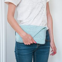Patron de tricot: la pochette enveloppe Diy Mode, Diy Projects To Try, Pulls, Patches, Knitting, Point, Yoga, Inspiration, Fashion
