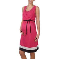 Und hier ist noch ein schickes #Sommerkleid für die #Schwangerschaft. Die Farbe erinnert an leckere Kirschen oder fruchtige Melone und versüßt die Zeit des Wartens auf das Baby. Gibt's von ESPRIT FOR MUMS. :) #Umstandsmode #schwanger