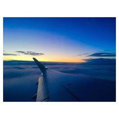 #travelstories on lechatsurlabanquette.com link in bio 👆👆👆 . . . Local. Travel. Vivre. #lechatsurlabanquette #lcslb #lechatblog Exploring the world out of northern Paris ♡ . . . #travel #travelstories #travelblogger #travelphotography #flügelderfreiheit #norwaycalling #goingnorth #europe #flyinghigh #wochenendtrip #weekendtrip #voyageweekend