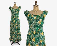 Your place to buy and sell all things handmade Hawaiian Wear, Vintage Hawaiian, Day Dresses, Dresses With Sleeves, Summer Dresses, Pure Hollywood, 1930s Dress, Flare Skirt, Dry Goods