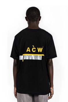 A-COLD-WALL* Official. Discover ready-to-wear, footwear and accessories from A-COLD-WALL* presented by Samuel Ross, established through a process of fabric and material study. New T Shirt Design, Tee Design, Shirt Designs, Mens Casual T Shirts, Mens Tops, A Cold Wall, Streetwear Fashion, Printed Shirts, Menswear
