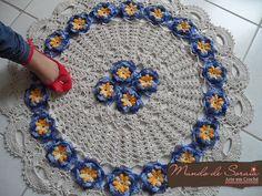 Round Rug Flowers