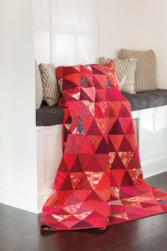 If you like red as much as Mary Fons does, you'll love Big Red. This is a true stash-busting quilt made entirely of pyramids, but if you don't have enough red fabrics in your stash, it's a good excuse to go shopping. Look for Big Red  in Scrap Quilts Spring '15.