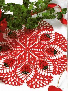Crochet towel with ladybug - Free Pattern
