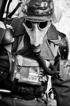 Bundesarchive Photos 1933 - all fields of WWII - Page 403 Gas Mask Art, Masks Art, Gas Masks, Jamie Chung, Aliens, Post Apocalyptic Fashion, Apocalyptic Clothing, Airsoft Mask, Dieselpunk