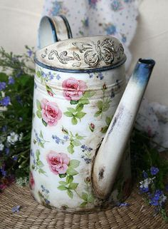 galvanized watering can Watering can decoupage Forger-me-not and Rose Metal watering can in vintage style Shabby chic Flower vase