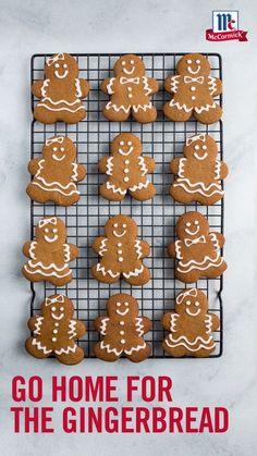 Best Gingerbread Cookies, Christmas Sugar Cookies, Christmas Sweets, Christmas Cooking, Holiday Desserts, Holiday Cookies, Holiday Baking, Reindeer Cookies, Christmas Biscuits