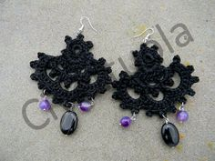 Orecchini crochet cotone nero, ametista e onice