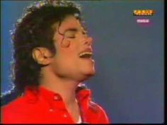 """Singing """"You Were There"""" to Sammy Davis, Jr Michael Jackson 1988, Photos Of Michael Jackson, Michael Love, Jackson Life, King Of Music, King Of Hearts, Dance Moves, Beautiful Smile, Clip"""