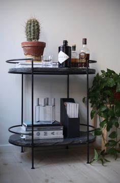 Bar Accessories and Decor . 30 Luxury Bar Accessories and Decor . Home Bar Decor, Bar Cart Decor, Bar Cart Styling, Mini Bar, Modern Home Bar, Modern Decor, Home Bar Accessories, Home Decoracion, Bar Furniture
