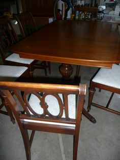Duncan Phyfe Mahogany Dining Table   6 Chairs   With Extra Leaf