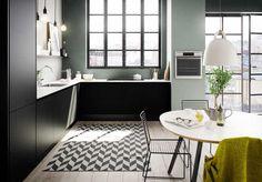 Kjøkkendesign til det moderne liv: Finn dine nye kjøkkenmøbler Kitchen Dining, Kitchen Colors, Kitchen Gallery, Kitchen Interior, Interior Inspo, Kitchen Diner, Black Kitchens, Kitchen Dining Room, Home Decor