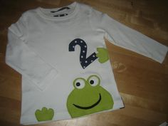 Frosch wird....... Geburtstagsshirt Bio Baumwolle Nuno, Diy Presents, Baby Kind, Diy Shirt, Sewing For Kids, Baby Gifts, Kids Outfits, Embroidery, Birthday