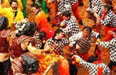 Carnevale di Ivrea  http://cdn1.stbm.it/zingarate/gallery/foto/ivrea/carnevale-2012-di-ivrea/battaglia-delle-arance.jpeg?-3600