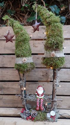 landschap Holiday Fun, Holiday Decor, Christmas Decorations, Christmas Ornaments, Ladder Decor, Bouquets, Winter, Happy, Xmas