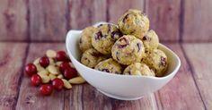 Recette de Energy bites, ou bouchées de céréales veggies aux cranberries. Facile et rapide à réaliser, goûteuse et diététique.