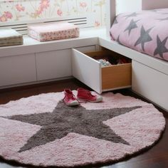 Reversible Star Rug by Lorena Canals designed in Spain #MONOQI