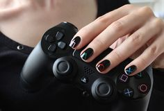 Playstation 4 nails design controller