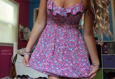 Best Teen Fashion Part 40 Stylish Dresses, Cute Dresses, Beautiful Dresses, Casual Dresses, Fashion Dresses, Girls Dresses, Dress With Sneakers, Dress And Heels, Full Skirt Dress