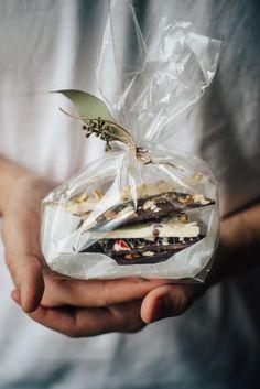 edible gifting + chocolate bark 3 ways | dolly and oatmeal