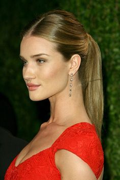 8 celebrity hairstyles to try right now: polished ponytail, Rosie Huntington Whitely- Chatelaine