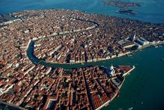¡Buongiorno, Venecia!  Explore the World with Travel Nerd Nici, one Country at a Time. http://TravelNerdNici.com