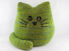 Knitted cat door stop