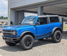 "Buck-Wild Off-Road LLC's Instagram post: ""Who's bronco build is this!? 📸bronco6g.com #builtfordtough #purposbuilt #sasquatch #broncosasquatch #bronco #2021bronco #BroncoR…"" Ford Bronco, Broncos, Offroad, Building, Instagram Posts, Off Road, Buildings, Ford Bronco Lifted, Construction"